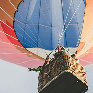 A group of entrepreneurs in a hot air balloon